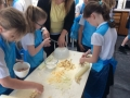 y4-pastymaking-2018 (11)